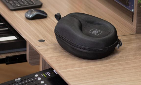 G-headphone-case Ls 04